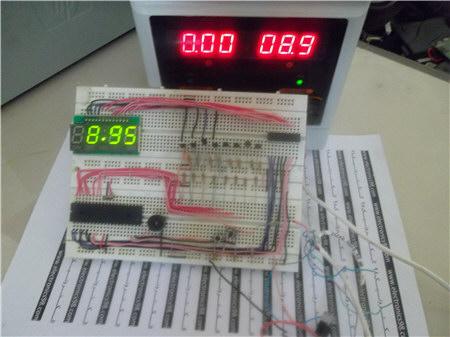 ساخت ولت متر دیجیتالی با قابلیت اندازه گیری ولتاژ 0 تا 30 ولت DC توسط سون سگمنت و میکروکنترلر AVR
